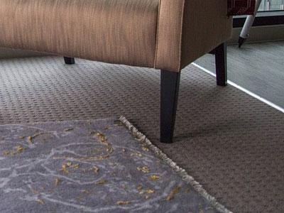 הסרת שטיחים מקיר לקיר